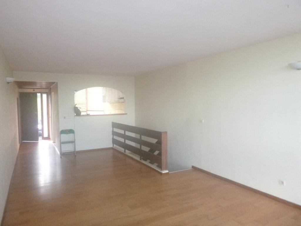 Appartement à vendre 3 77.86m2 à Fort-de-France vignette-4