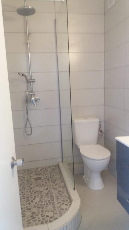 Appartement à louer 3 67.68m2 à Fort-de-France vignette-1