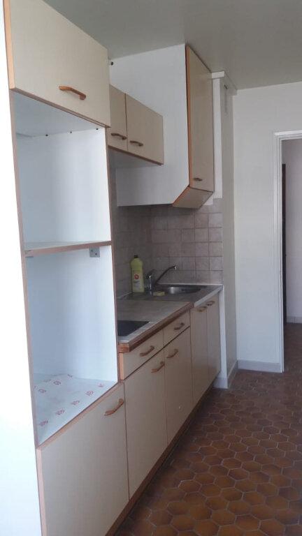 Appartement à louer 3 67.68m2 à Fort-de-France vignette-5
