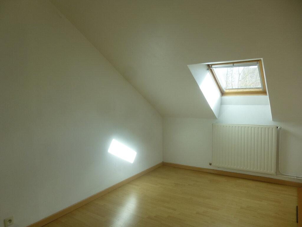 Appartement à louer 4 56m2 à Châtenoy-en-Bresse vignette-4