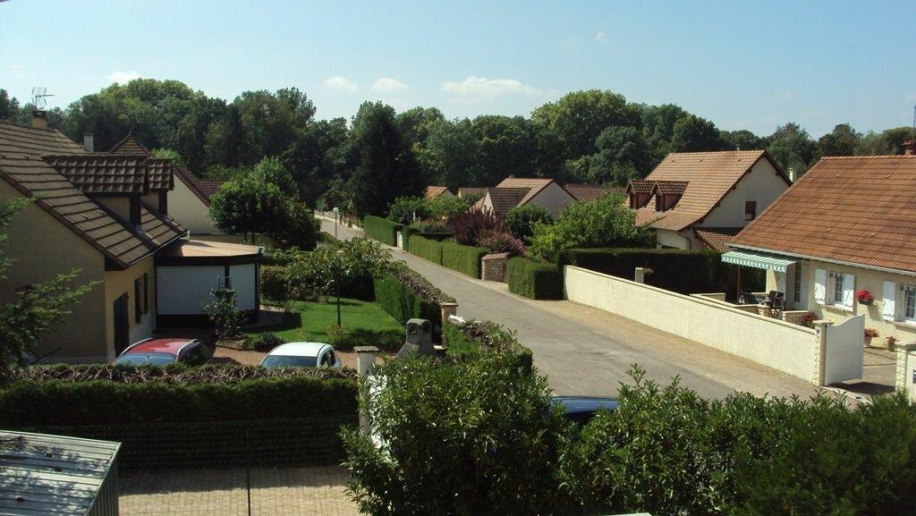 Appartement à louer 4 56m2 à Châtenoy-en-Bresse vignette-11