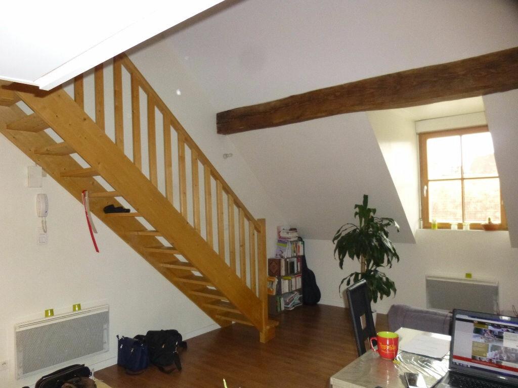 Appartement à louer 3 52m2 à Chalon-sur-Saône vignette-1