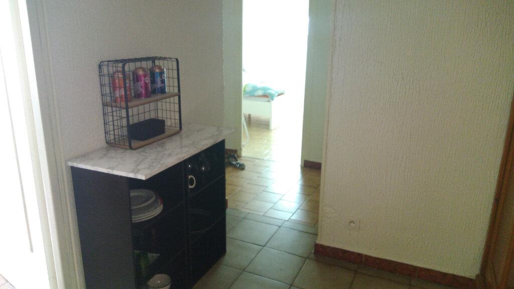 Appartement à louer 2 43m2 à Saint-Marcel vignette-4