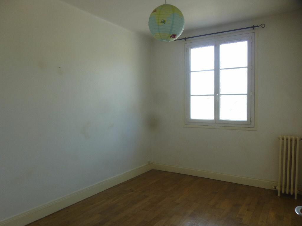 Appartement à louer 4 97m2 à Chalon-sur-Saône vignette-9