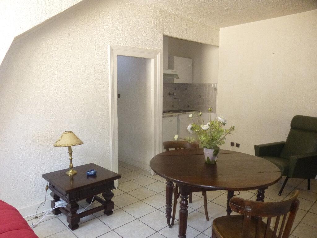 Appartement à louer 1 20m2 à Chalon-sur-Saône vignette-5