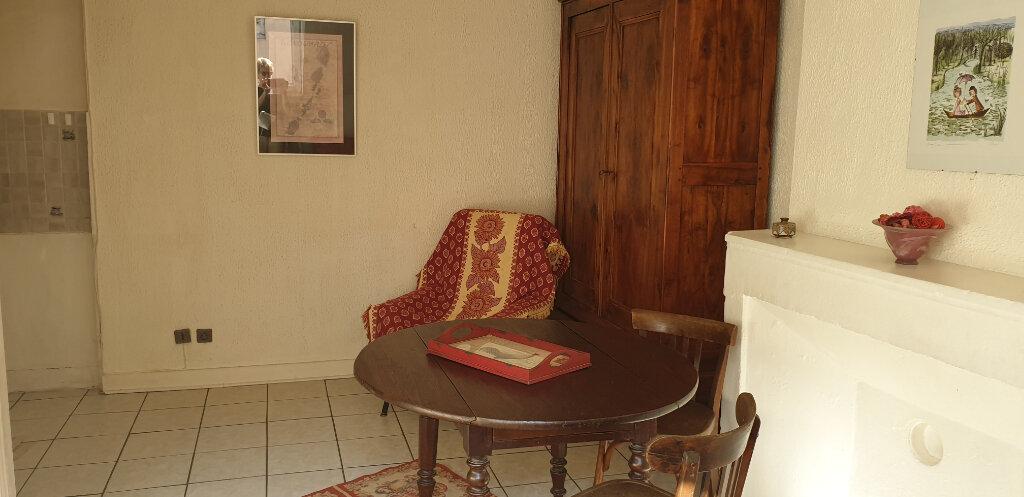Appartement à louer 1 20m2 à Chalon-sur-Saône vignette-7