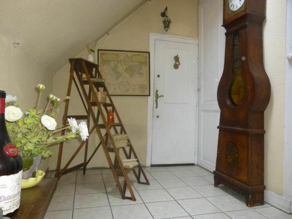 Appartement à louer 1 20m2 à Chalon-sur-Saône vignette-8