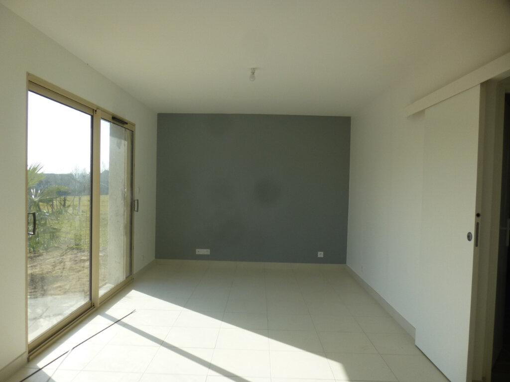 Maison à louer 4 89m2 à Épervans vignette-4