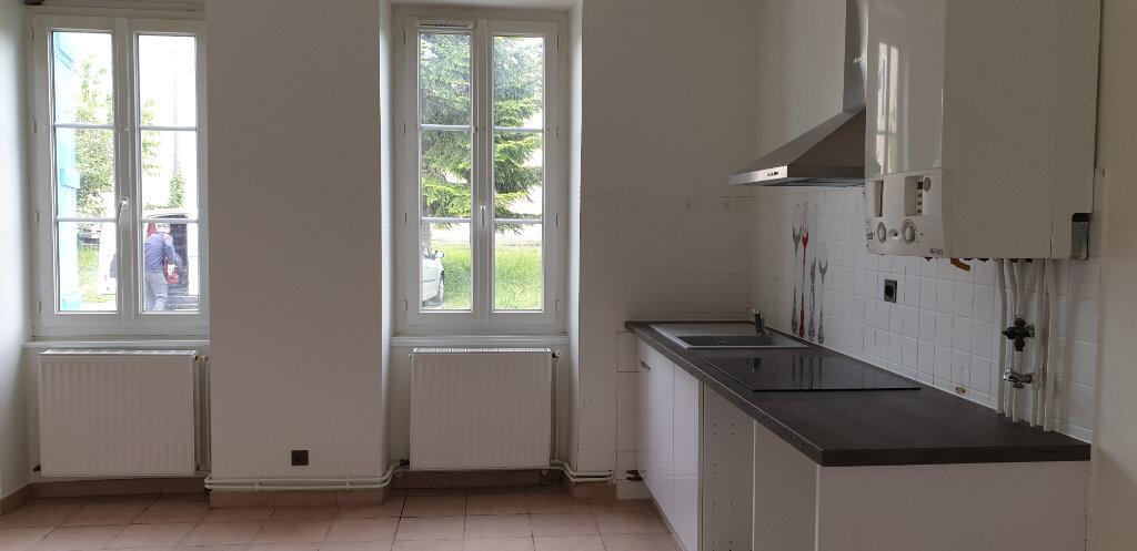 Appartement à louer 2 34.78m2 à Chalon-sur-Saône vignette-3