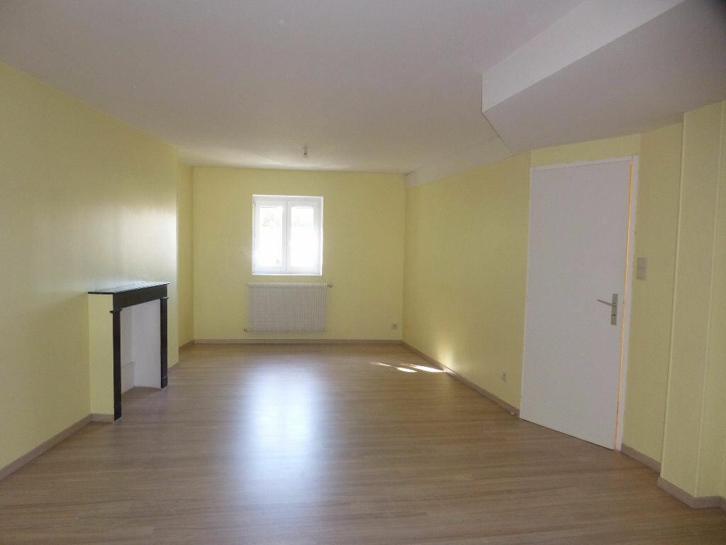 Appartement à louer 4 75m2 à Chalon-sur-Saône vignette-2