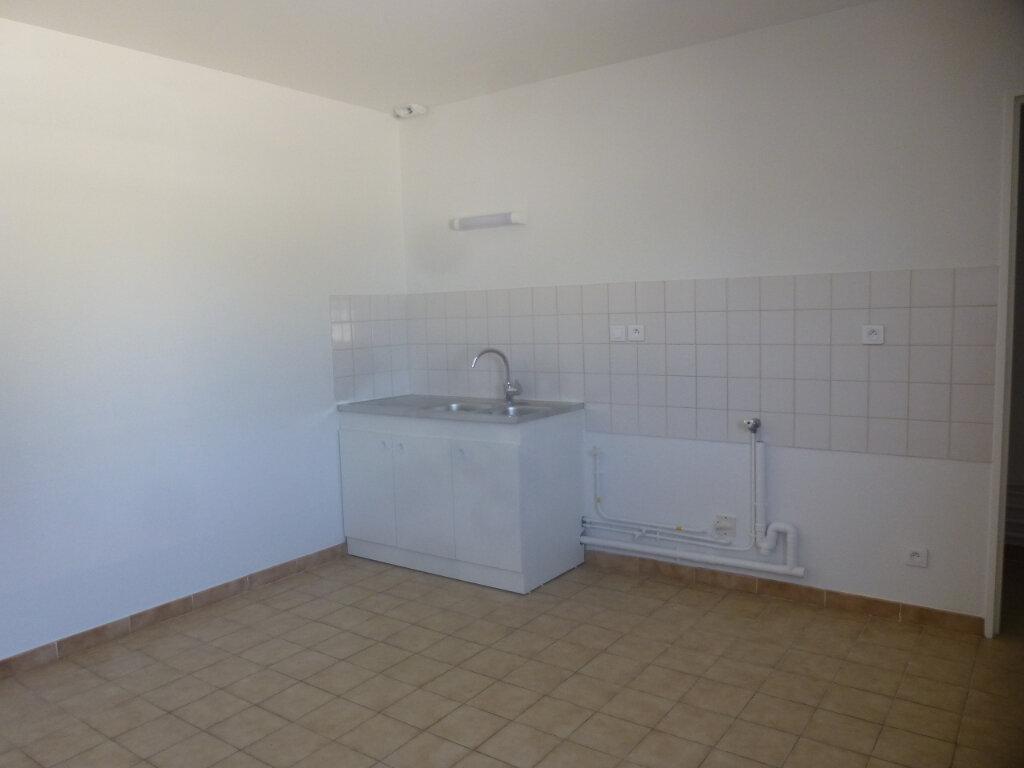 Appartement à louer 5 116m2 à Chalon-sur-Saône vignette-5