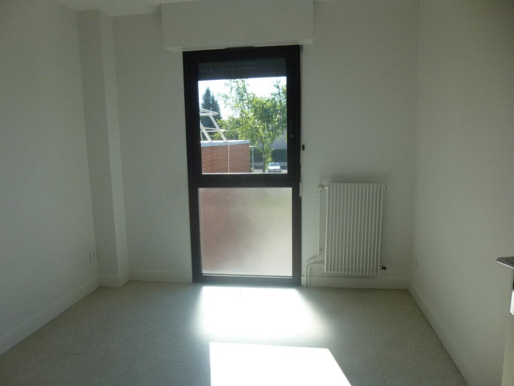 Appartement à louer 5 116m2 à Chalon-sur-Saône vignette-8