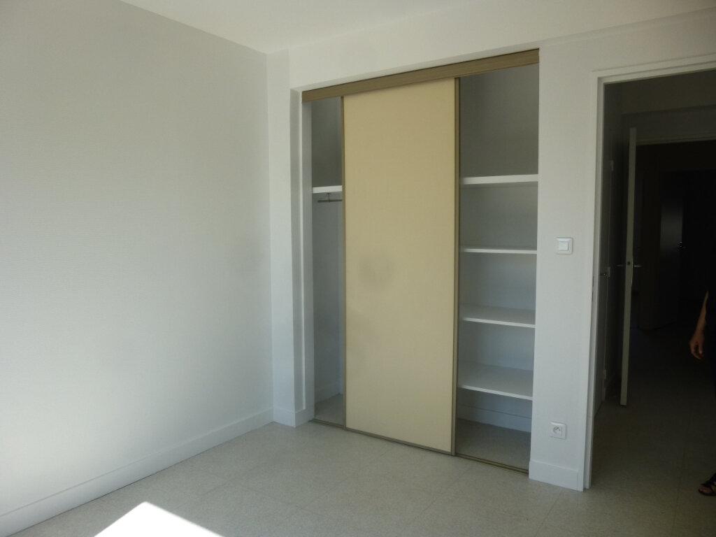 Appartement à louer 5 116m2 à Chalon-sur-Saône vignette-10