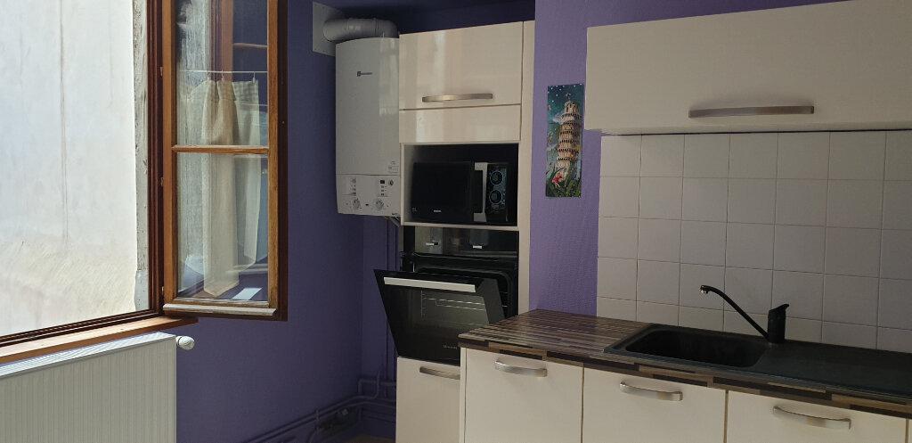 Appartement à louer 2 58.9m2 à Chalon-sur-Saône vignette-4