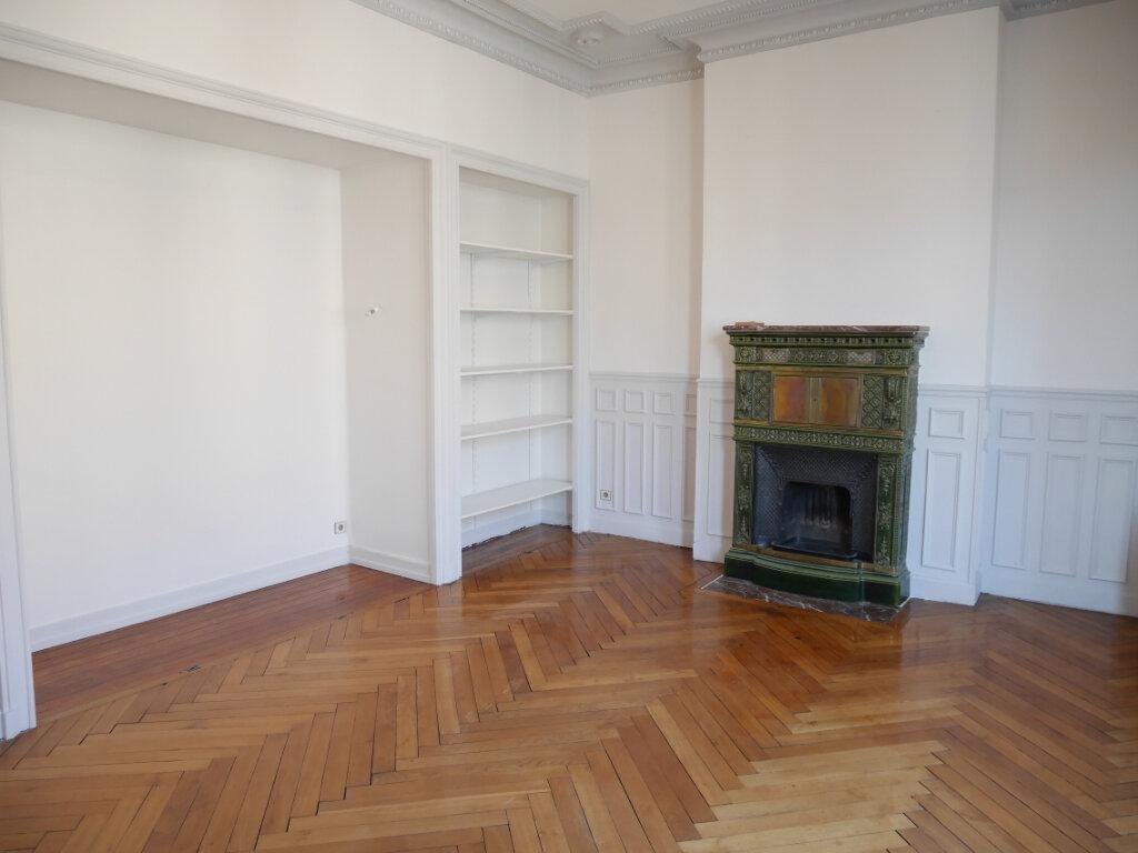 Appartement à louer 4 128m2 à Chalon-sur-Saône vignette-3