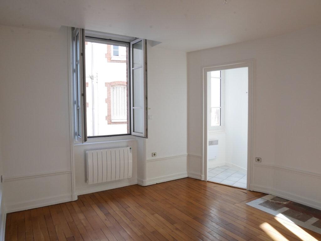 Appartement à louer 4 128m2 à Chalon-sur-Saône vignette-9
