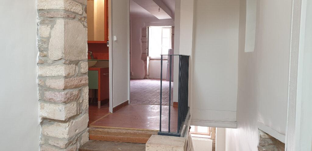 Appartement à louer 2 64m2 à Givry vignette-7