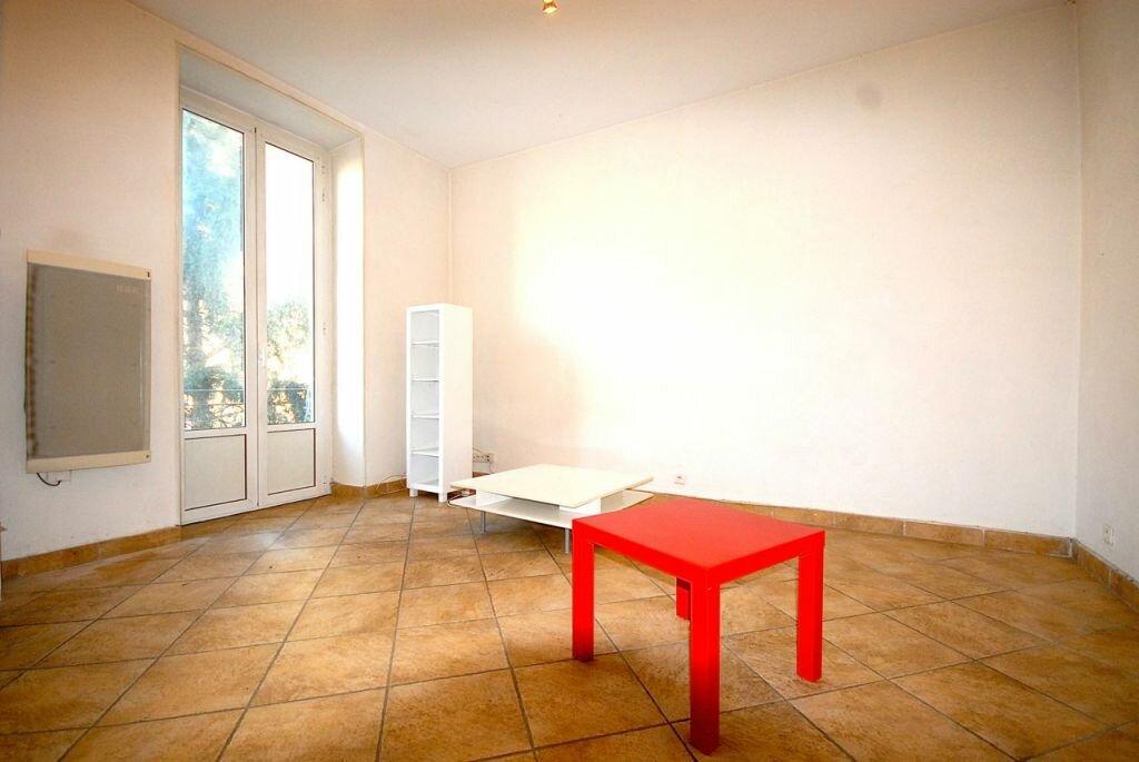 Appartement à louer 3 62.37m2 à Nice vignette-1