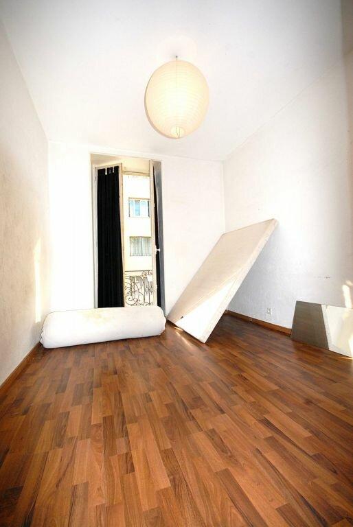 Appartement à louer 3 62.37m2 à Nice vignette-3