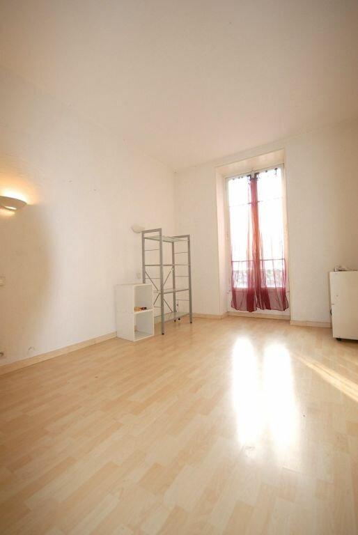 Appartement à louer 3 62.37m2 à Nice vignette-4