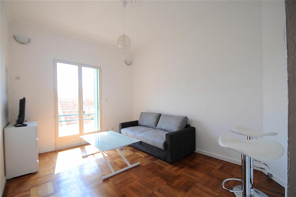 Appartement à louer 2 28.5m2 à Nice vignette-1