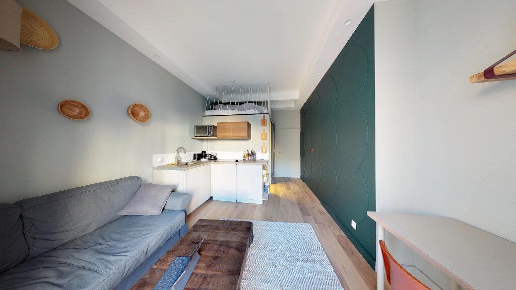 Appartement à louer 1 19m2 à Nice vignette-3