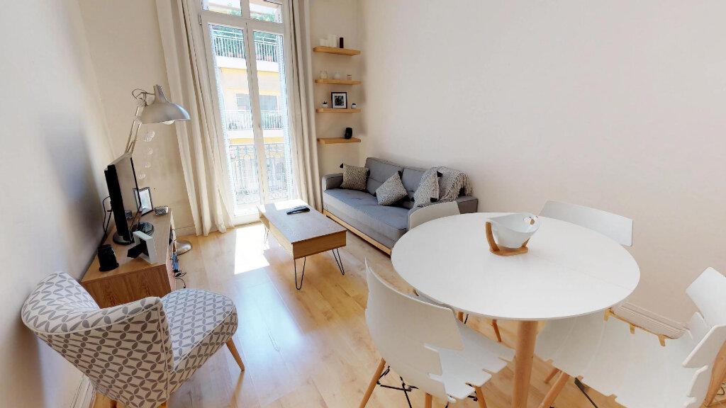 Appartement à louer 2 46.63m2 à Nice vignette-3