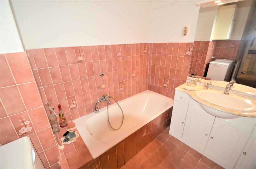 Appartement à vendre 3 64.5m2 à Nice vignette-8