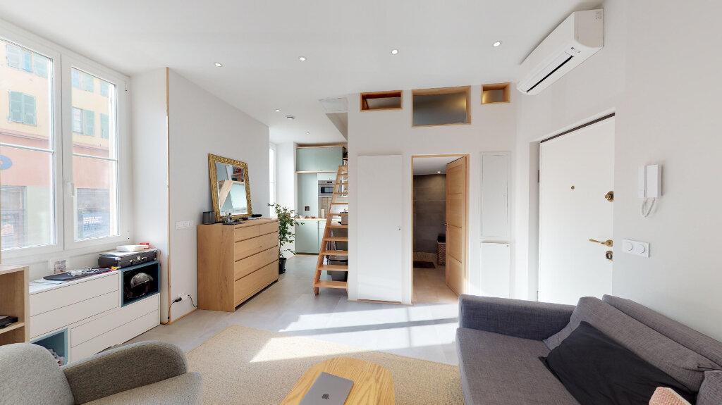 Appartement à vendre 1 28m2 à Nice vignette-1