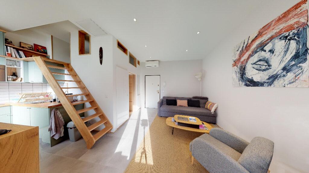 Appartement à vendre 1 28m2 à Nice vignette-3
