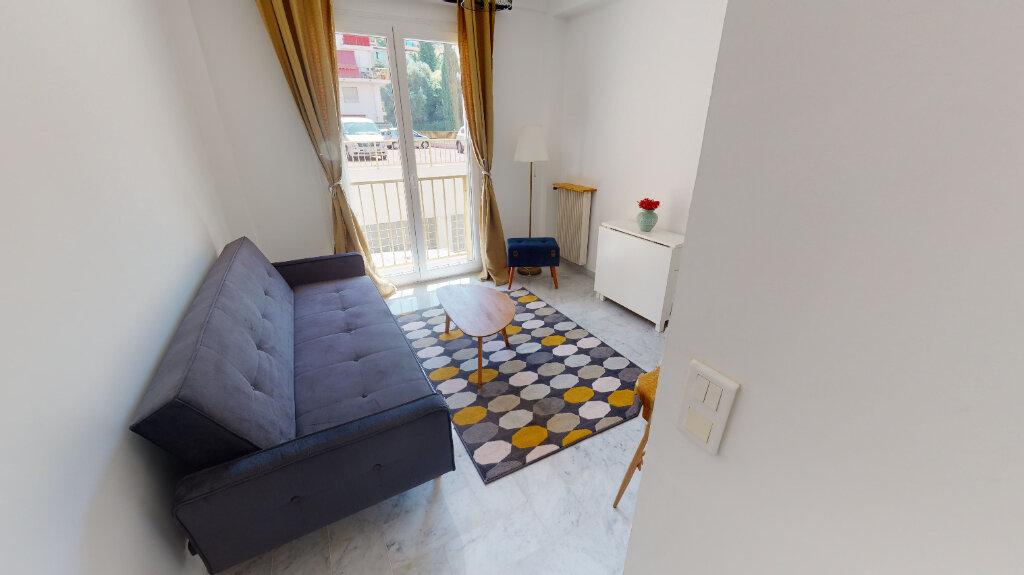 Appartement à louer 2 33.19m2 à Nice vignette-3
