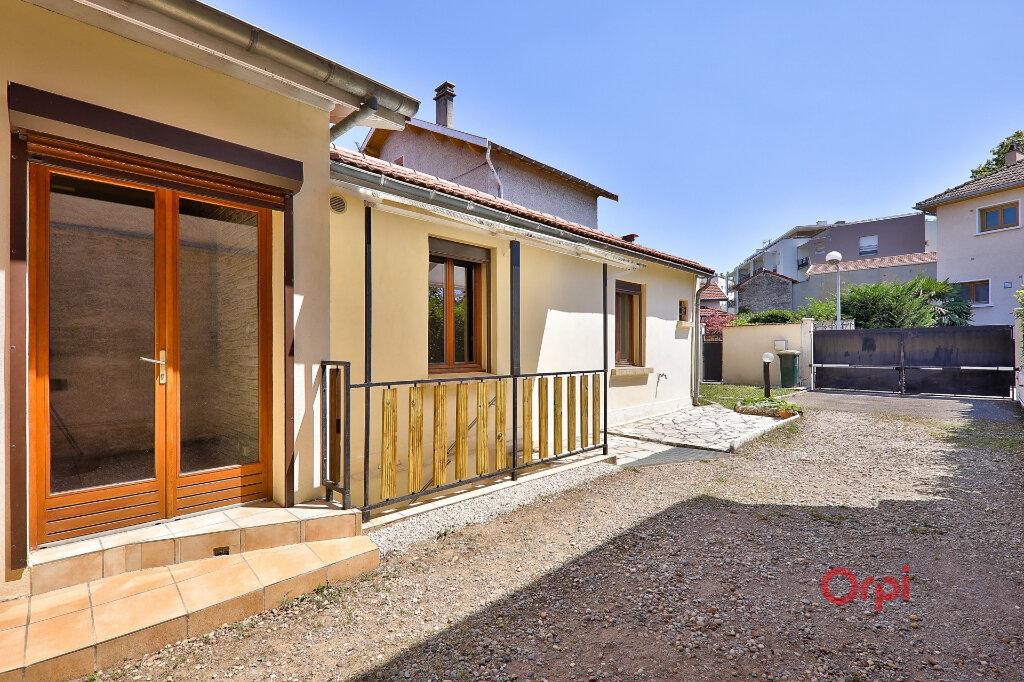 Maison à vendre 2 52.46m2 à Vénissieux vignette-6