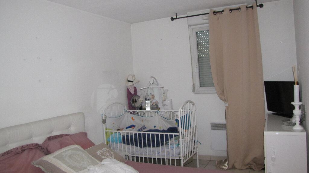 Appartement à vendre 3 65m2 à Vénissieux vignette-3