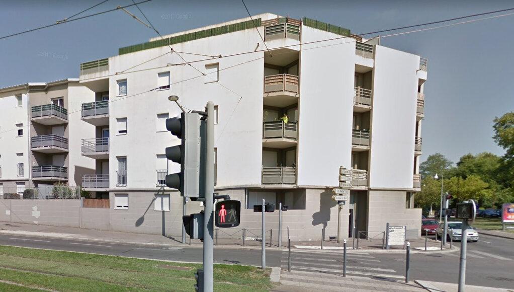 Appartement à vendre 3 65m2 à Vénissieux vignette-9