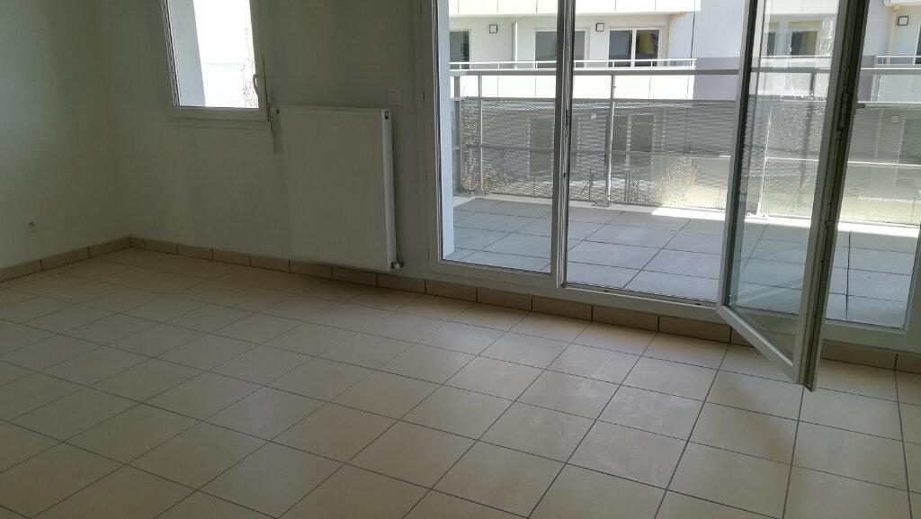 Appartement à louer 2 40.24m2 à Vénissieux vignette-5