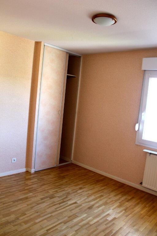 Appartement à vendre 3 68.92m2 à Vénissieux vignette-4