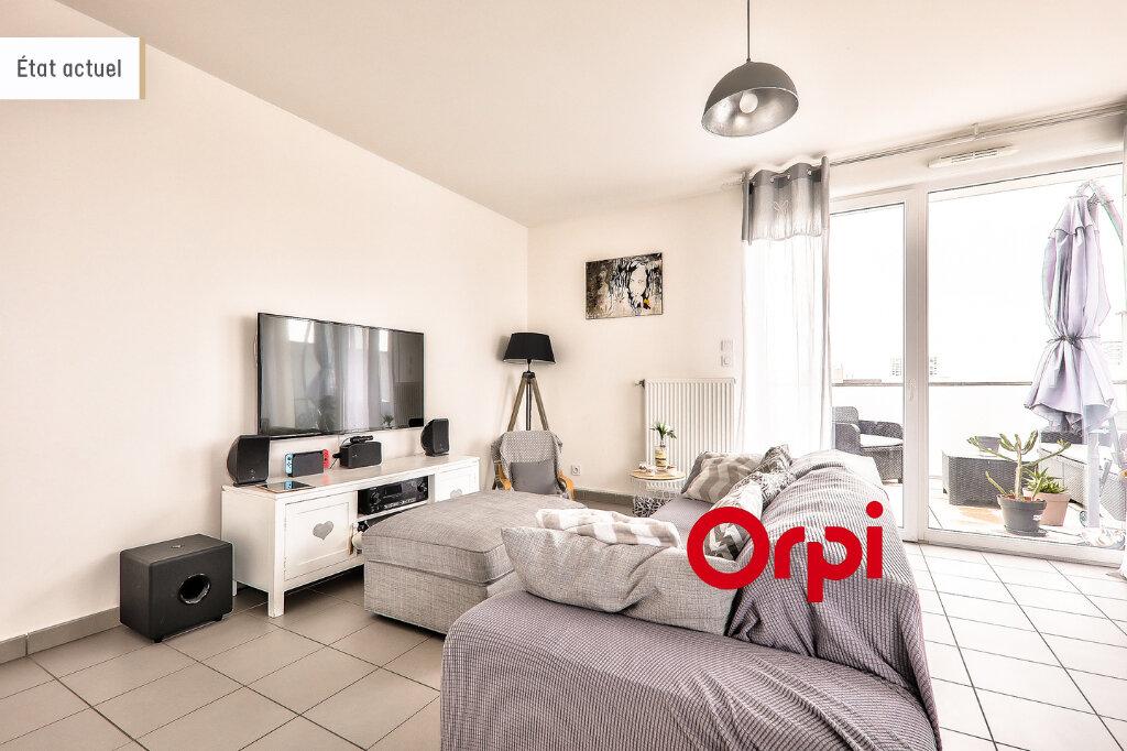 Appartement à vendre 4 75.82m2 à Vénissieux vignette-2