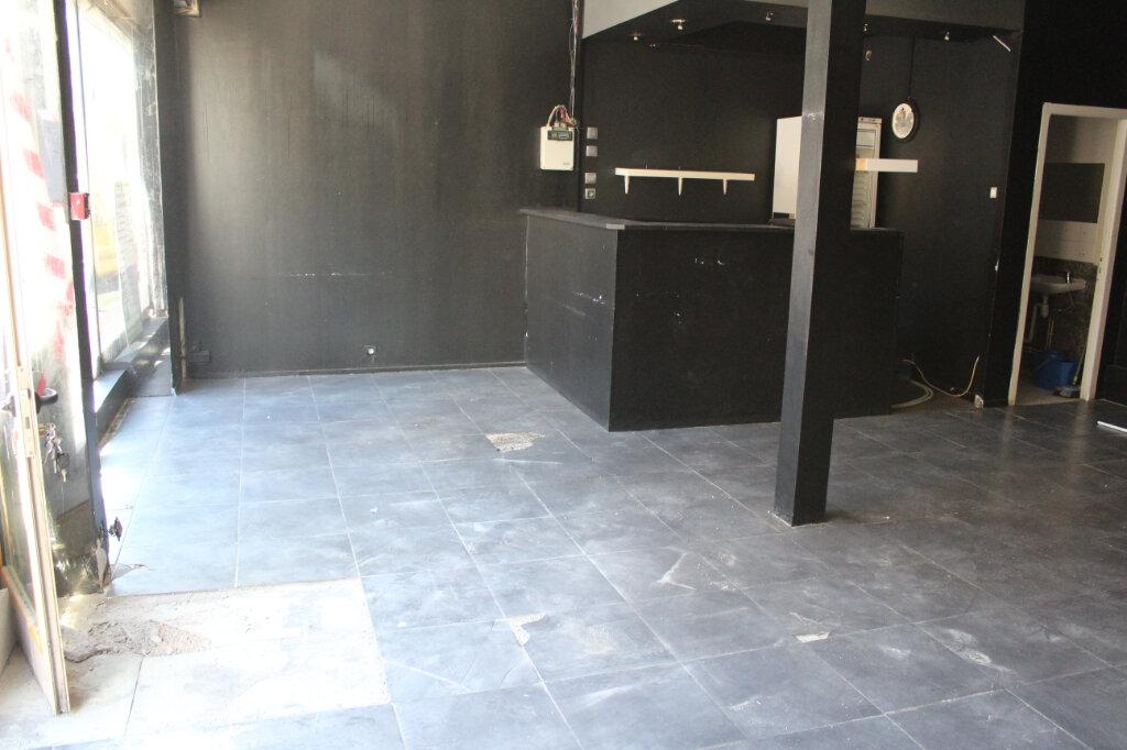Appartement à louer 3 95.88m2 à Saint-Fons vignette-1