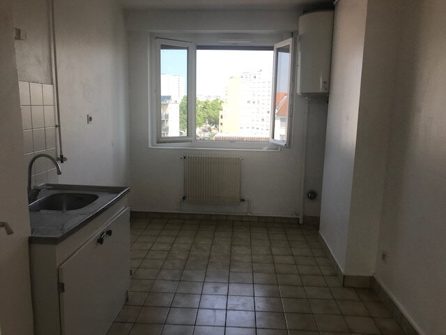 Appartement à louer 3 56.99m2 à Vénissieux vignette-5