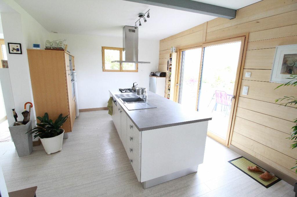 Maison à vendre 3 107m2 à Saint-Romain-sur-Gironde vignette-2