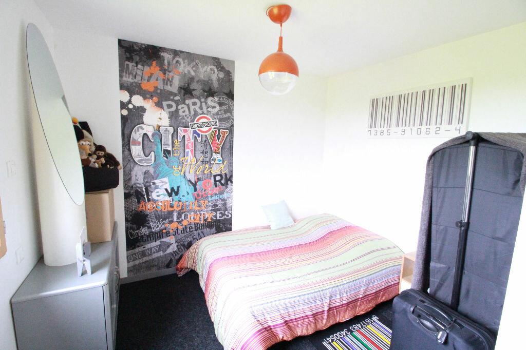 Maison à vendre 3 107m2 à Saint-Romain-sur-Gironde vignette-4