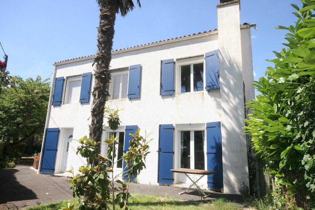 Maison à vendre 7 226m2 à Meschers-sur-Gironde vignette-2
