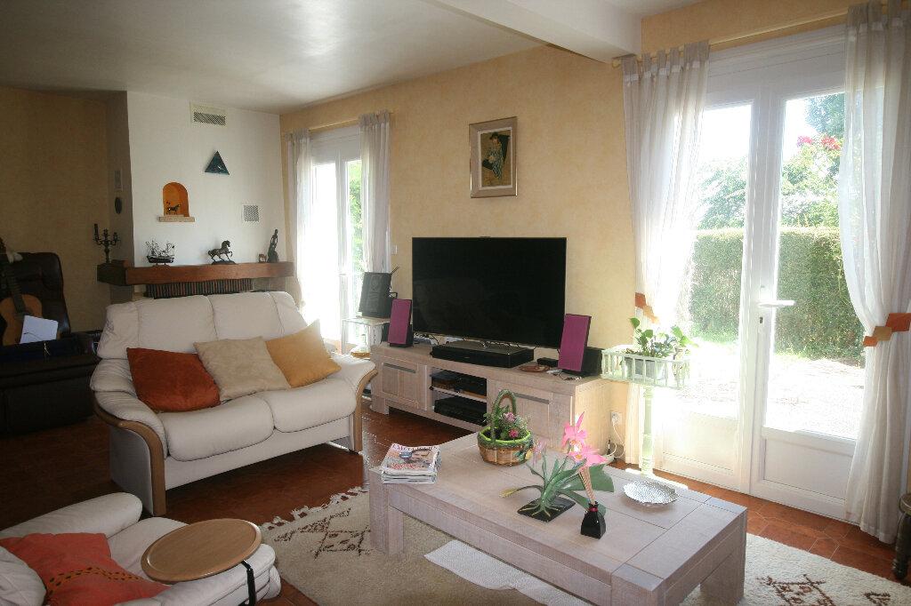 Maison à vendre 7 226m2 à Meschers-sur-Gironde vignette-7