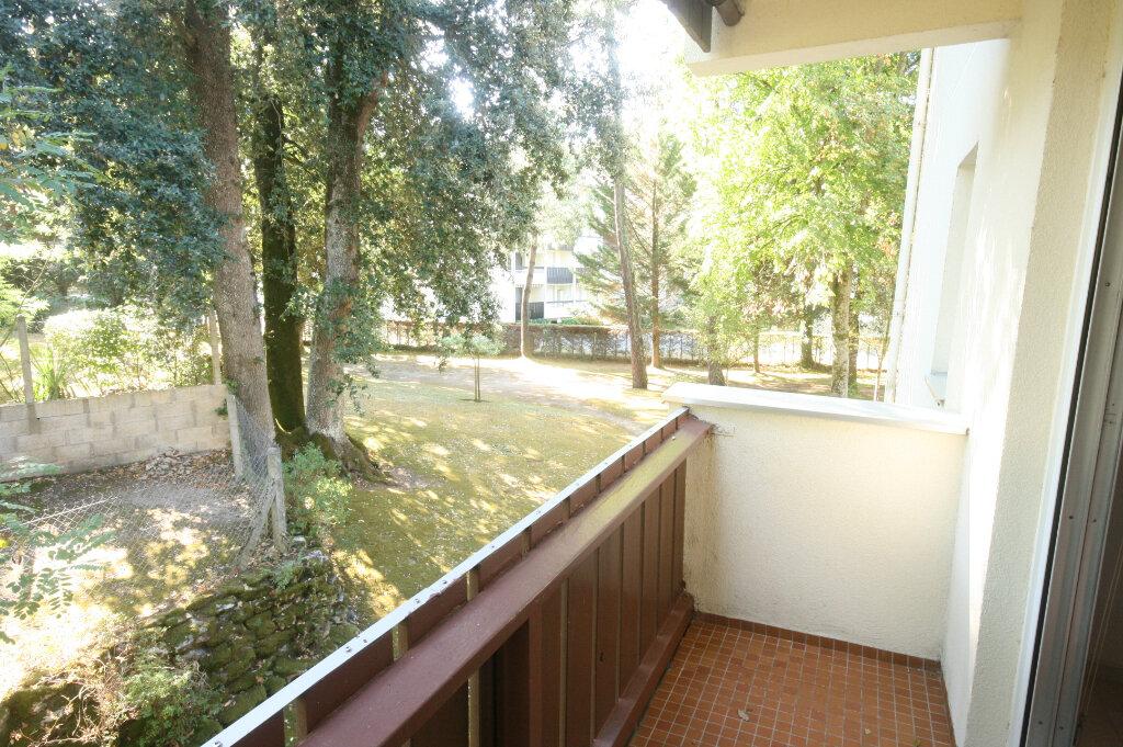 Appartement à vendre 2 34m2 à Saint-Georges-de-Didonne vignette-3