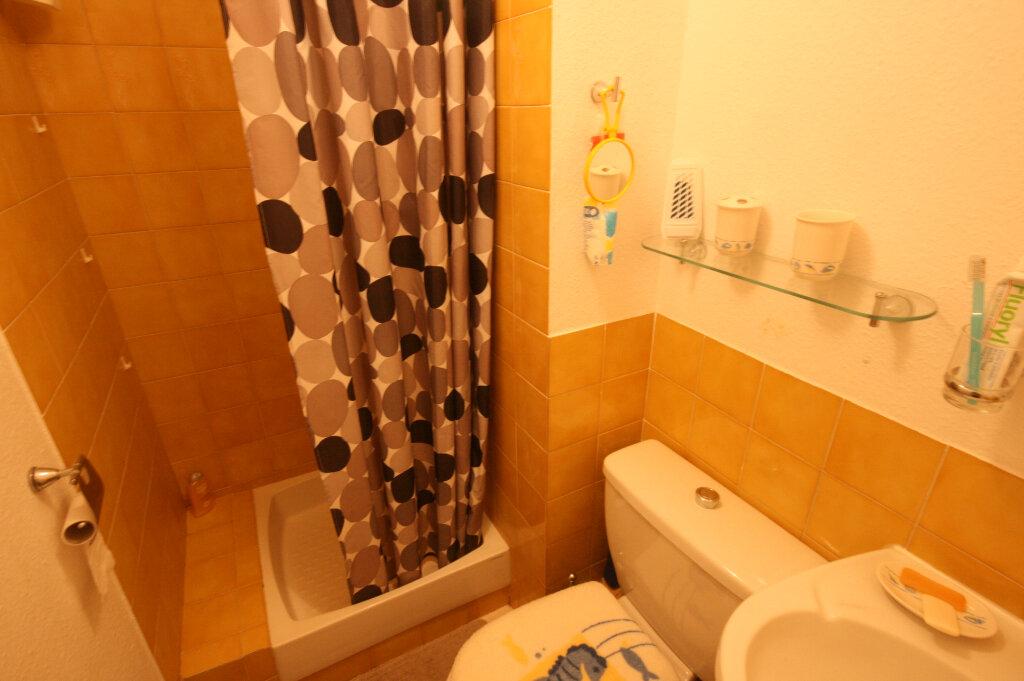 Appartement à vendre 2 34m2 à Saint-Georges-de-Didonne vignette-6