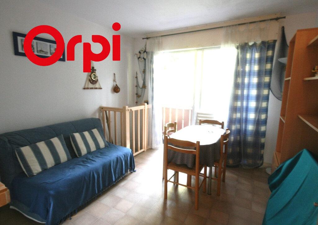 Appartement à vendre 2 34m2 à Saint-Georges-de-Didonne vignette-7