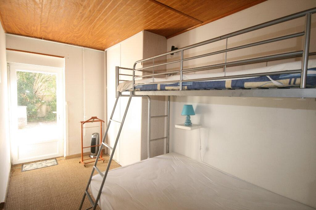Maison à vendre 3 56.93m2 à Saint-Georges-de-Didonne vignette-5