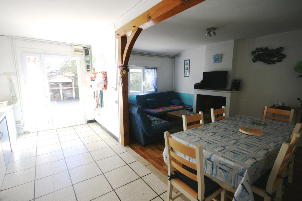 Maison à vendre 3 56.93m2 à Saint-Georges-de-Didonne vignette-10