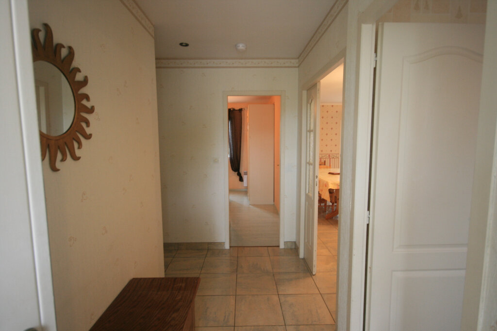 Maison à vendre 5 106.37m2 à Semussac vignette-10