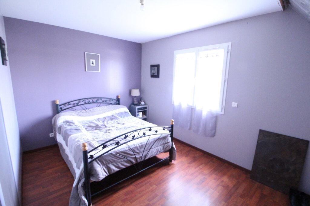 Maison à vendre 5 160m2 à Royan vignette-7